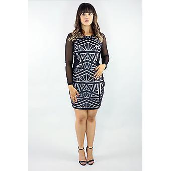 Mini vestido de malla de manga larga