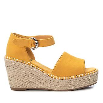 Xti Sandalias 108279 Color Amarillo