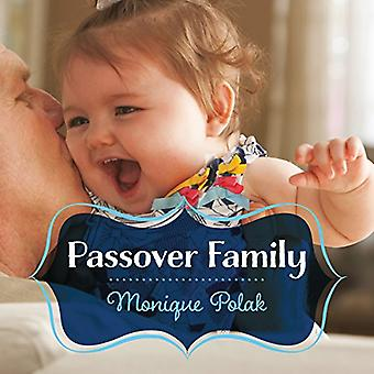 Passover Family by Monique Polak - 9781459818521 Book
