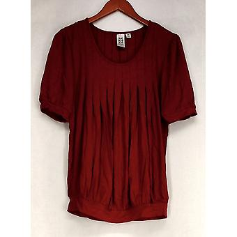 Marc Bouwer Short Sleeve Scooped Neckline Pleated Front Top Red