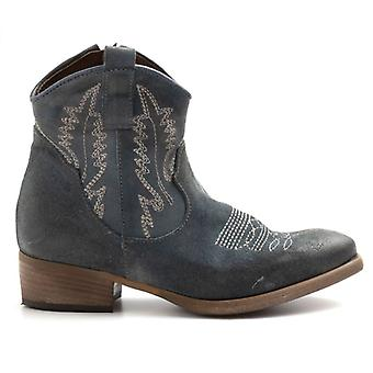 New Tex Zoe Suede Jeans Boots With Embroidery