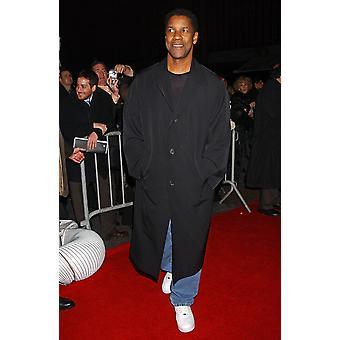 Denzel Washington tulohallissa Deja Vu Premiere Ziegfeld Theatre New York New York marraskuussa 20 2006 kuvaaja Kristin CallahanEverett kokoelma julkkis