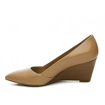 Franco Sarto naisten iliza huomautti toe rento Slide sandaalit