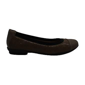 Clarks Women's Shoes Neenah Garden Cap Toe Slide Flats