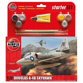 Airfix A55203 1:72 Escala Douglas A4-B Skyhawk Starter Set Model Kit Kit Modelo