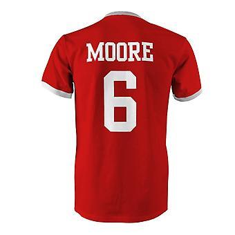 بوبي مور 6 إنجلترا البلد تي شيرت في المسابقة