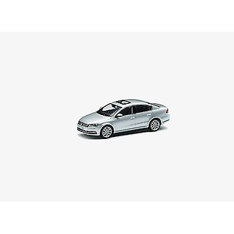VW Passat B7 Saloon (2011) Diecast Model auto