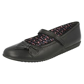 Girls Startrite Velcro Fastening Formal/School Shoes Nova