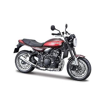 Kawasaki Z900 RS painevaletusta malli moottori pyörä