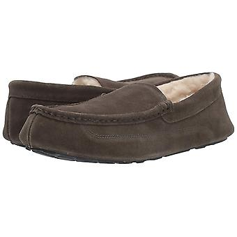 Amazon Essentials mannen ' s lederen Moccasin slipper, houtskool, 11 M ons