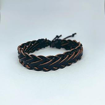 Et håndlavet armbånd til mænd læder i sort læder
