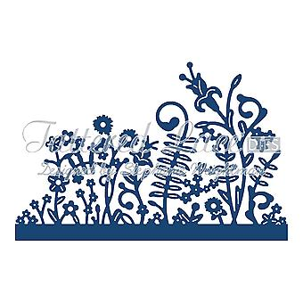 Tattered Lace Panorama Grass Medium D664 Stephanie Weightman