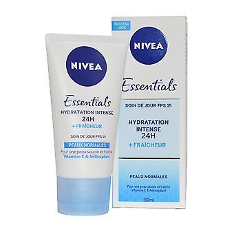 Nivea Essentials crème hydratante de jour SPF15 50ml peau normale 24H hydratation Boost