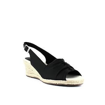 Easy Street | Kindly Wedge Sandals