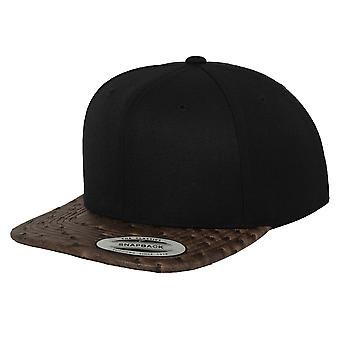 Yupoong Flexfit Unisex Leather Snapback Cap