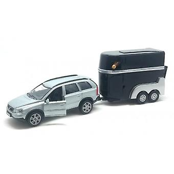 Volvo XC90 with horse trailer