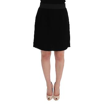 Black wool above knees pencil skirt