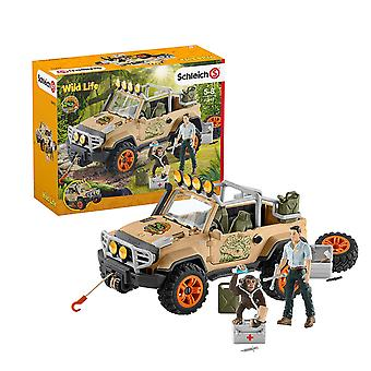 Schleich Wild Life 4x4 Vehicle with Winch Playset