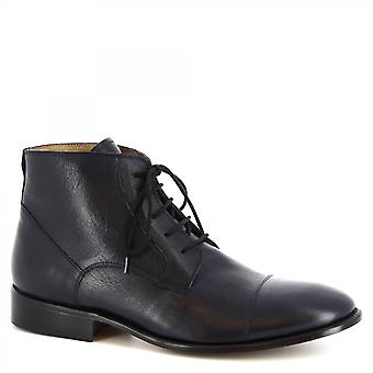 Leonardo Shoes Men's handmade classy chukka boots in dark blue calf leather