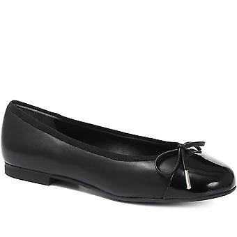Jones 24-7 Womens Leather Ballerina Flats