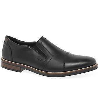 ريكر كليفلاند رجال زلة رسمية على الأحذية