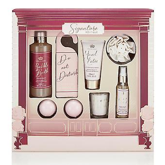 Style & Grace Signature Boutique Gift Set  - 300ml Bubble Bath, 50ml Body Mist, 100ml Hand Lotion, 2 x 60g Bath Fizzer, Door Hanger, Shower Flower and Candle