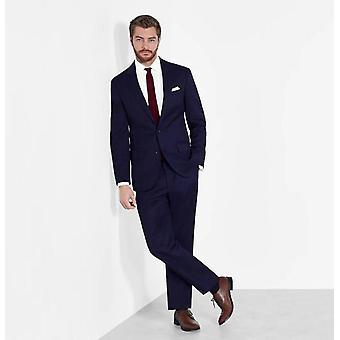 Slim-sovitettu puku