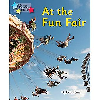 At the Fun Fair: Phonics Phase 3 (Reading Stars Phonics)