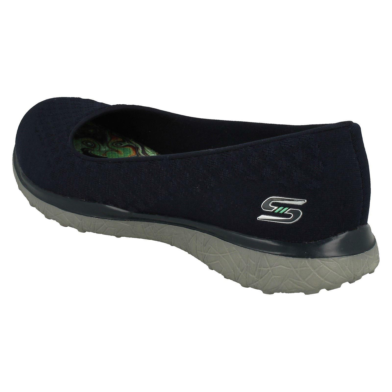 ladies skechers memory foam shoes