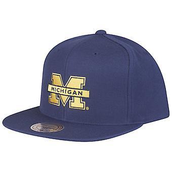 Mitchell & Ness Snapback Cap - NCAA Michigan Wolverines navy