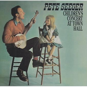 Pete Seeger - Children's Concert at Town Hal [CD] USA import