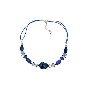 Halskæde blå toner forskellige perler
