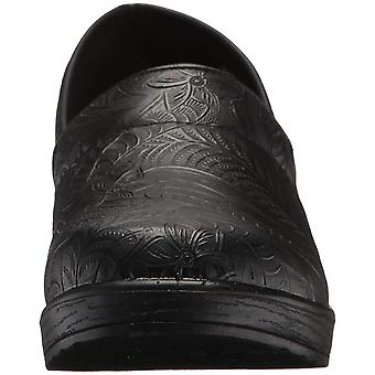 Easy Works Womens Lyndee Closed Toe Clogs