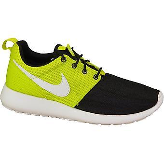 Женские кроссовки Nike Rosherun 599728-008