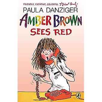 Amber Brown ve rojo