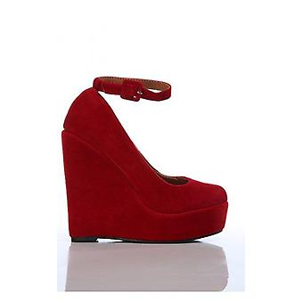 Marlon Wedge Shoes In Red