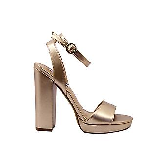 Steve Madden Gesturerosegold Frauen's Gold/rosa Leder Sandalen