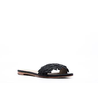 Pour La Victoire   Lani Sandals