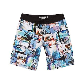 Billabong Horizon Mid Length Boardshorts en noir