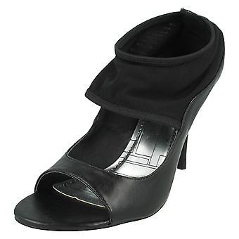 Ladies Anne Michelle Court Shoes L2921