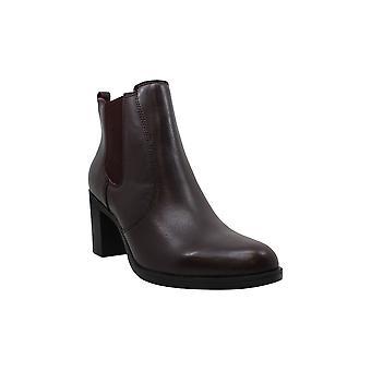 Giani Bernini Womens Korma Leather Almond Toe Ankle Chelsea Boots