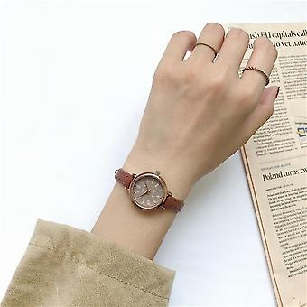 Retro Women Watches Qualities Small Ladies Wristwatches Vintage Leather