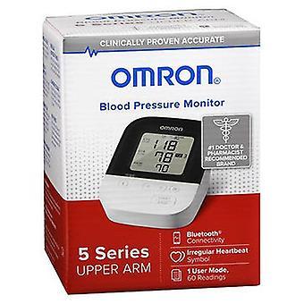 オムロンオムロン血圧モニター5シリーズ上腕BP7250、各1