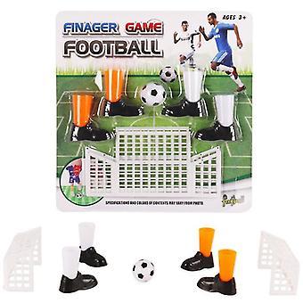 Jeu de match de football à doigts avec deux buts, bottes et balle