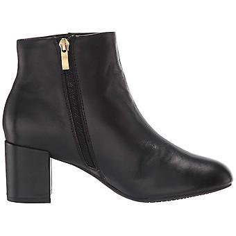 Rockport Women's Tm Oaklee Plain B Ankle Boot