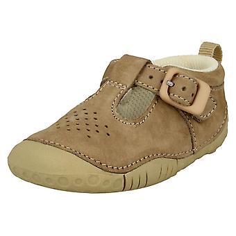 Zapatos ocasionales de la T-barra Startrite chicos bebé gato