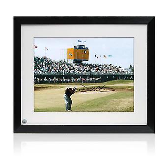 Darren Clarke Signé Golf Photo: The Winning 2011 Open Shot. Encadré