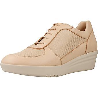 Mikaela Sport / Sneakers 17077 Color Beig