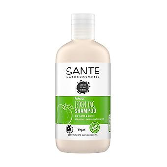 Family Apple & Quince Daily Use Shampoo 250 ml