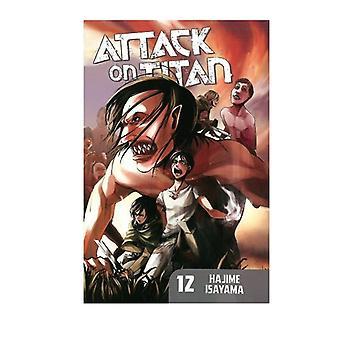 Attack on Titan 12 Paperback